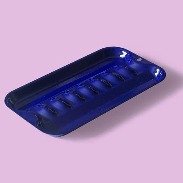 Sizzll sausage pan: Electric blue vitreous enamelled