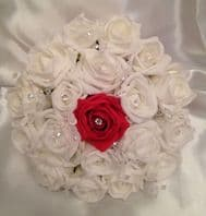 ARTIFICIAL FLOWERS WHITE RED FOAM ROSE WEDDING BOUQUET BRIDESMAID POSIE CRYSTAL