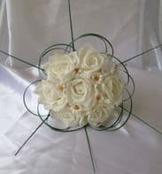ARTIFICIAL IVORY DAISY FOAM ROSE WEDDING FLOWER GIRL BOUQUET WAND FLOWERS