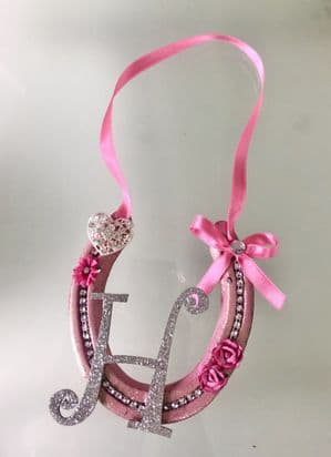 PERSONALISED REAL USED DECORATED HORSESHOE PINK Gift bedroom decoration Sparkly wall hang ANY LETTER