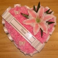 SILK FUNERAL FLOWERS HEART WREATH MEMORIAL GRAVE TRIBUTE White Pink lily