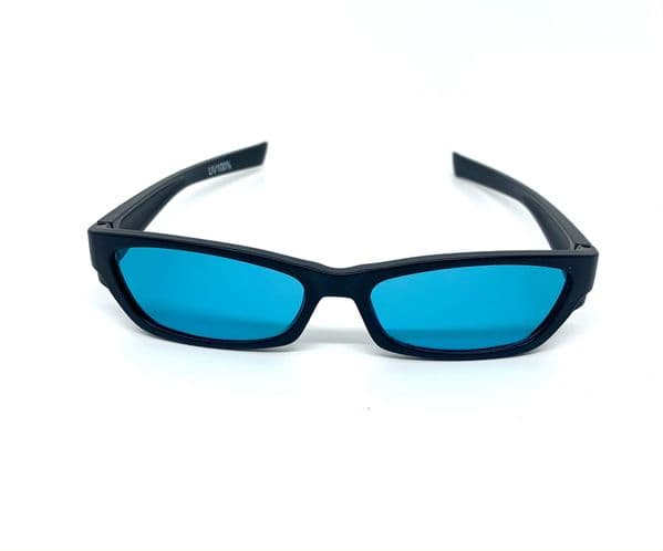Aqua glasses x 2 suitable for age 10 upwards