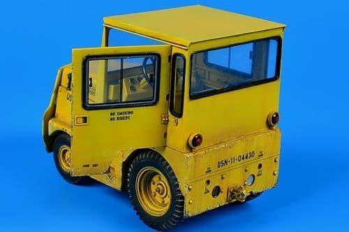 Aerobonus 1/32 United Tractor GC340/SM-340 US Navy/DLA # 320045