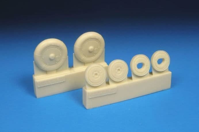 Barracuda 1/48 Messerschmitt Bf-109G-5 to Bf-109G-14 Smooth Main Tyres & Separate Ribbed Hubs # 4838