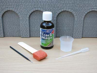 Deluxe Materials 50ml Track Magic # AC013