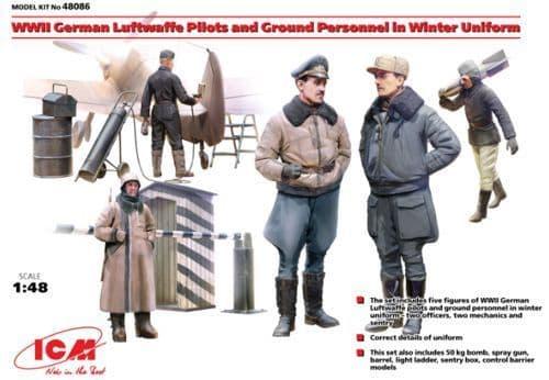 ICM 1/48 WWII German Luftwaffe Pilots & Ground Personnel in Wint