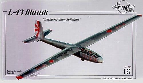 Planet 1/32 L-13 Blanik Glider # 220