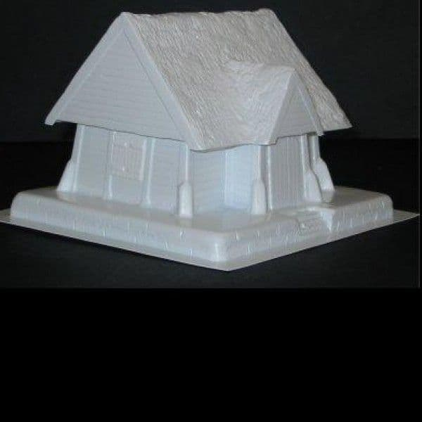 Amera Plastic Mouldings 28mm Wooden House with Chimney # F223