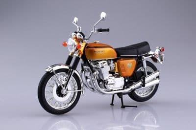 Aoshima 1/12 Honda Dream CB750 Four (K0) Candy Gold - Diecast Model # 10430