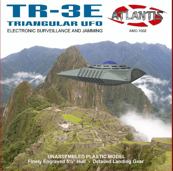 Atlantis TR-3E Triangular UFO # AMC1002