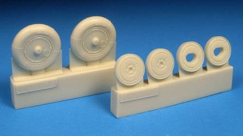 Barracuda 1/48 Bf-109G-5 to 14 - Smooth Main Tyres & Separate Plain Hubs # 48390