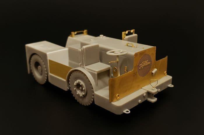 Brengun 1/48 UK Tugmaster Deck Tractor Resin Construction Kit # S48013
