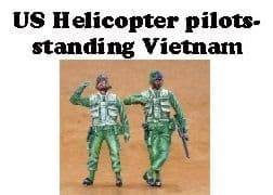Czech Master 1/35 2 x US Helicopter Pilots Vietnam Standing # F35183