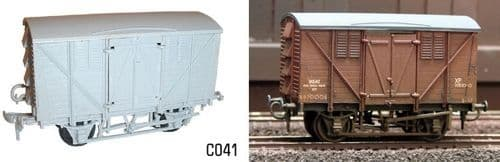Dapol 1/76 10T Meat Van # C41