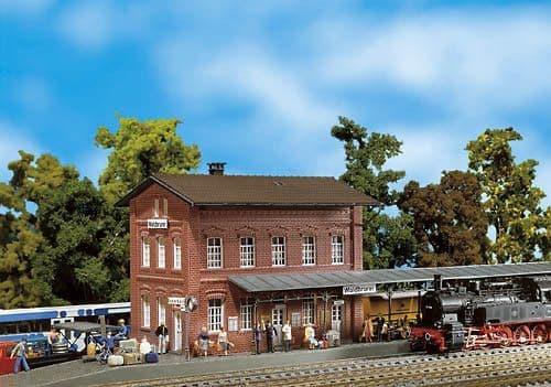 Faller HO Gauge Waldbrunn Station Kit I # 110099
