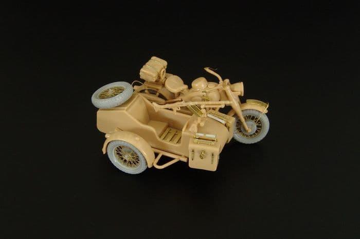 Hauler 1/48 German Motorcycle and Sidecar # X48358