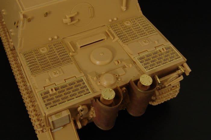 Hauler 1/48 Sturmtiger 38cm Assault Mortar Detailing Set # X48384