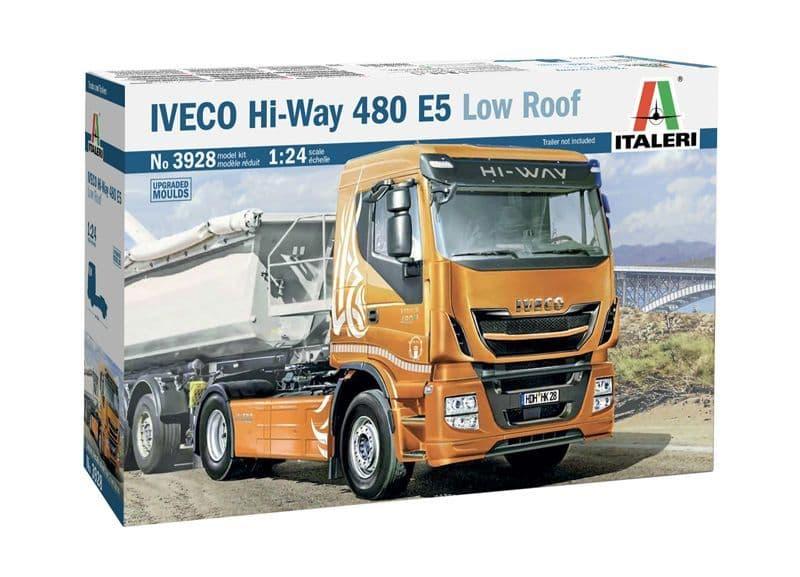 Italeri 1/24 IVECO Hi-Way 480 E5 Low Roof # 3928