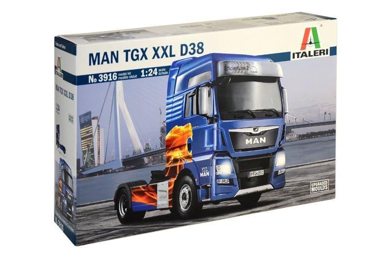 Italeri 1/24 MAN TGX XXL D38 # 3916