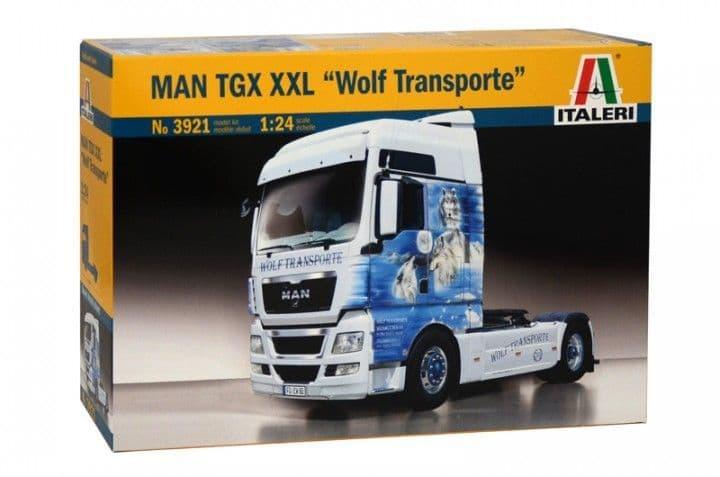 """Italeri 1/24 MAN TGX XXL """"Wolf Transporte"""" # 3921"""
