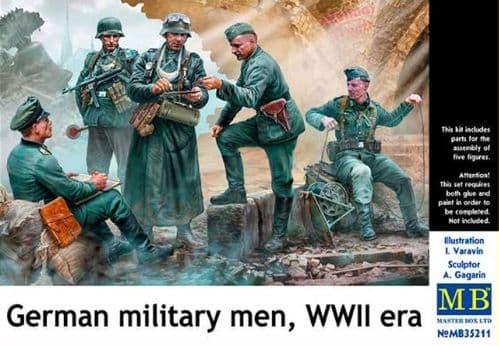 Master Box 1/35 German Military Men WWII Era # 35211