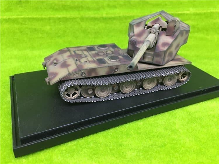 Modelcollect 1/72 Waffenträger auf E-100 with 128mm Gun # AS72131