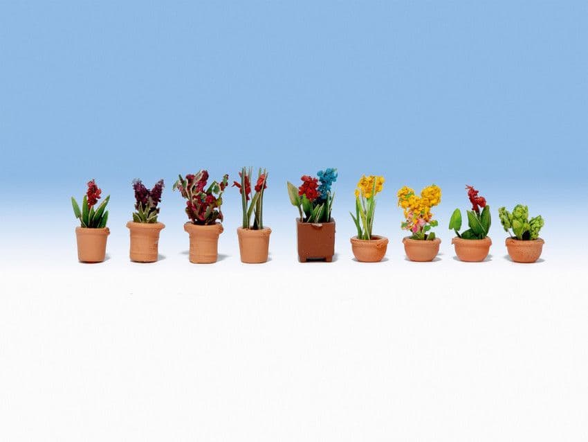 NOCH HO Scale Ornamental Plants In Pots (9) # N14080