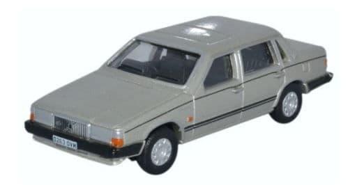 Oxford 1/76 Volvo 760 Gold Metallic # 76VO001