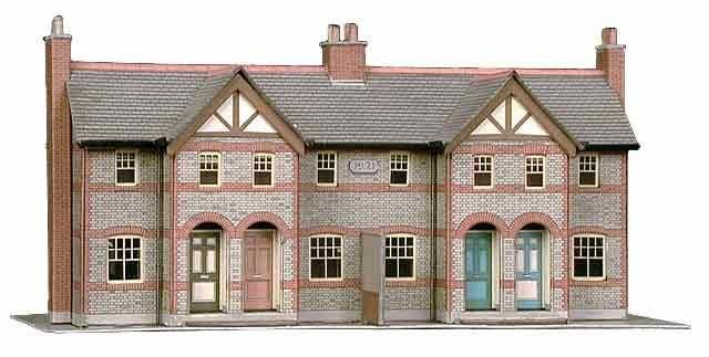 Superquick 1/72 Four Terraced Houses (B30) # 99030