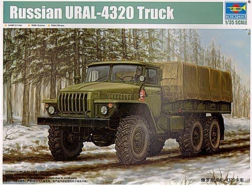 Trumpeter 1/35 Russian URAL-4320 Truck # 01012