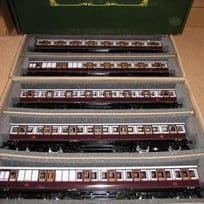 Suburban Coaches - Sets of 5