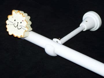 1.2m - 2.1m Designer Eyelet Extendable Curtain Pole with LION Finials