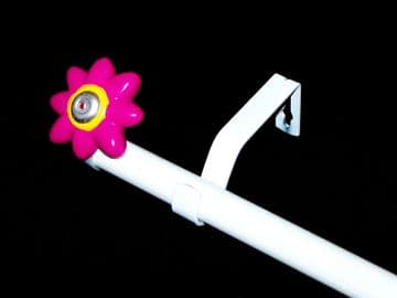 1.2m - 2.1m Extendable Eyelet Curtain Pole with HOT PINK FLOWER Finials