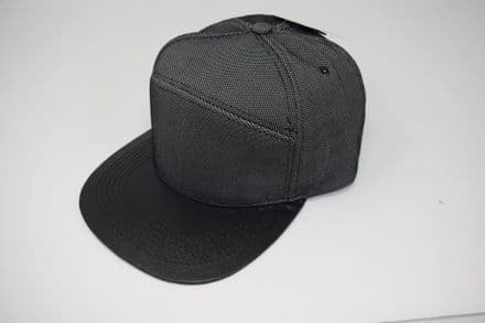 DT4-C6636 Black/GREY Snapback cap made of 100% cotton, one size fits all adjustable