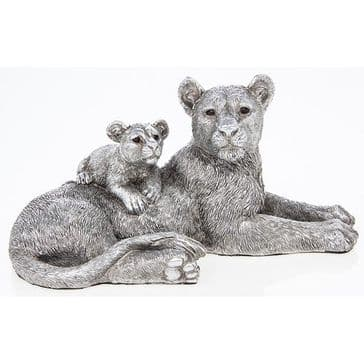 Silver Lioness With Cub Leonardo Collection
