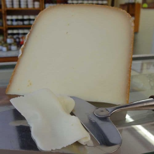 Etorki Ewe's milk cheese, semi hard sheep's cheese