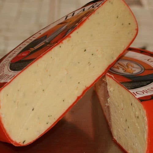 Harlech Cheese, Cheddar with horseradish and parsley
