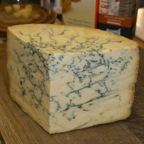 Stilton Cheese, Colston Bassett, Traditional vegetarian Blue cheese
