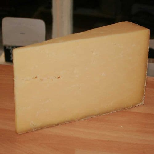 Westcombe Mature Cheddar Cheese, traditional raw milk farmhouse cheddar