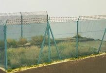 Model Scene 48140 High Chain Fence with Barbed Wire Scale 1:72 / 1:87